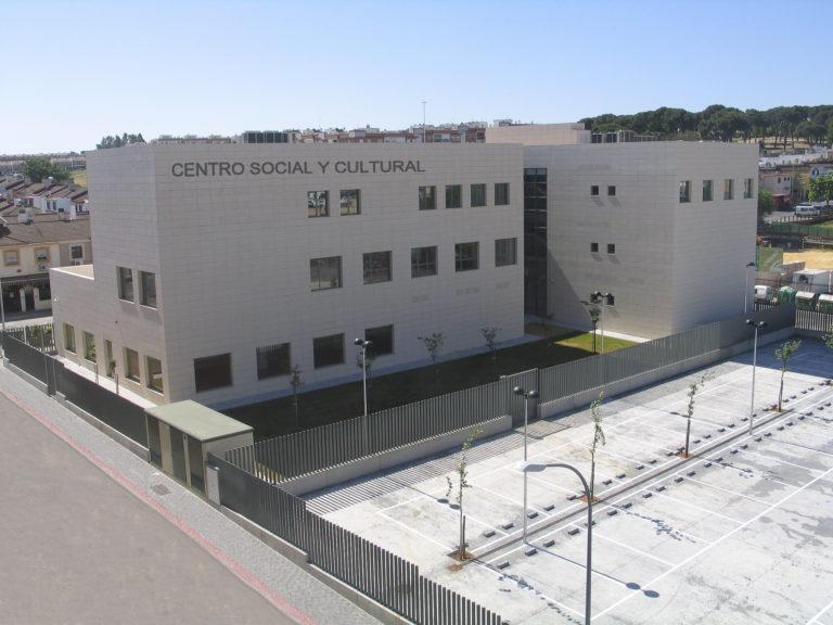 Resultado de imagen de Centro Cultural Biblioteca de Montequinto dos hermanas